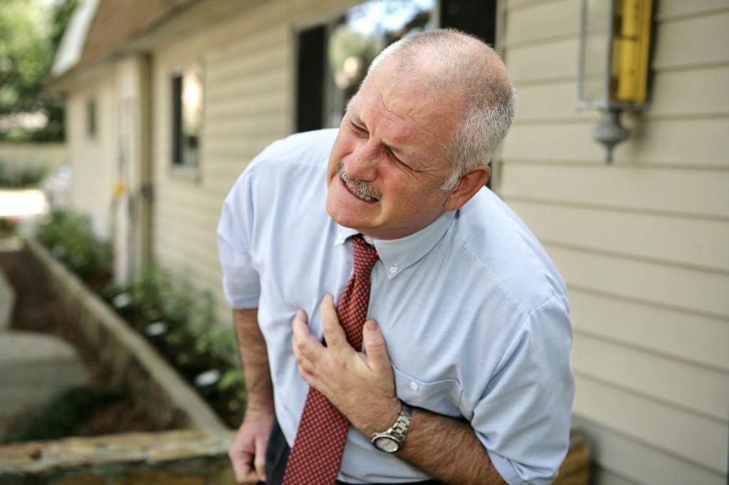 أسباب الألم الصدري,ما الام الصدر